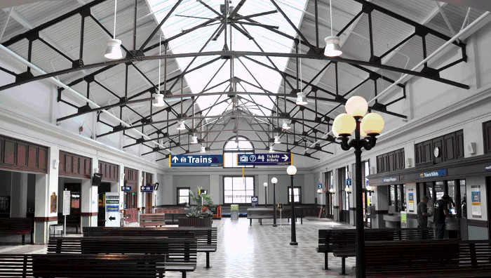 Photograph of Halifax main concourse after modernization
